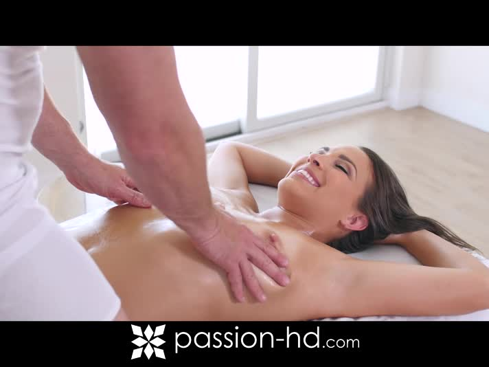 porno Lisa Ann massaggio