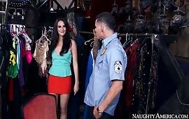 Bianca Breeze si fotte con un poliziotto