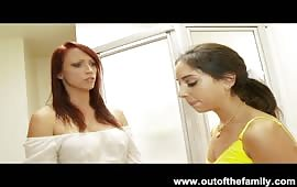 Sesso a tre con due bocchinare lesbiche