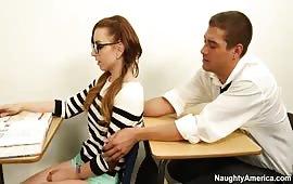Scopata a scuola fra due studenti