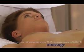 Massaggio erotico con una mignotta