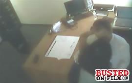 Segretaria troia viene fottuta nel ufficio