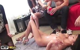 Sesso orale con ragazze scatenate