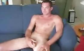 Un bel cazzo grosso perfetto per succhiarlo