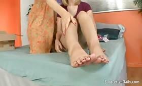Hayden Winters e Darryl Hanah si leccano fighe e piedi