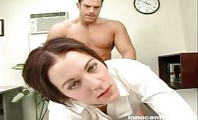 Alicia Avery seduce il professore e si fotte bene